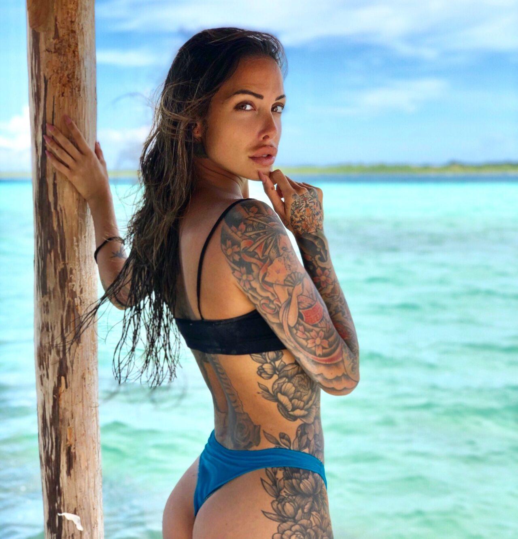 Arianna Piras, tattoo model