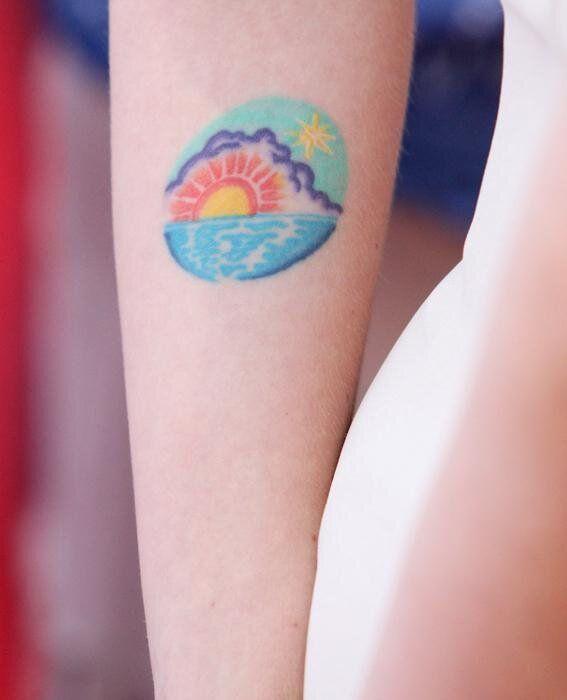 Sunrise Tattoo Scarlett Johansson